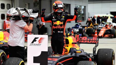 Max Verstappen juara GP Malaysia 2017. - INDOSPORT