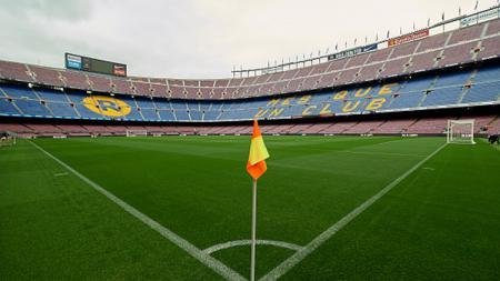 Kondisi Stadion Camp Nou yang kosong pada laga Barcelona kontra Las Palmas. - INDOSPORT