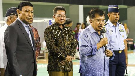 Jusuf Kalla saat memberikan pidato di Pelatnas PBSI, Cipayung, Jakarta Timur. - INDOSPORT
