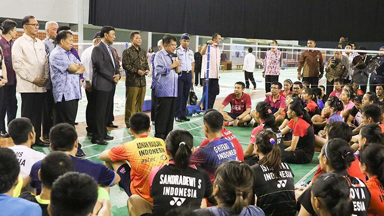 Jusuf Kalla saat memberikan pidato di Pelatnas PBSI, Cipayung, Jakarta Timur. Copyright: HUMAS PBSI