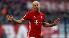 Indosport - Gelandang serang Bayern Munchen, Arjen Robben pernah hampir bermain untuk Manchester United..