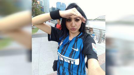 Jelly Jelo merupakan salah satu model yang juga penggemar Inter Milan. - INDOSPORT