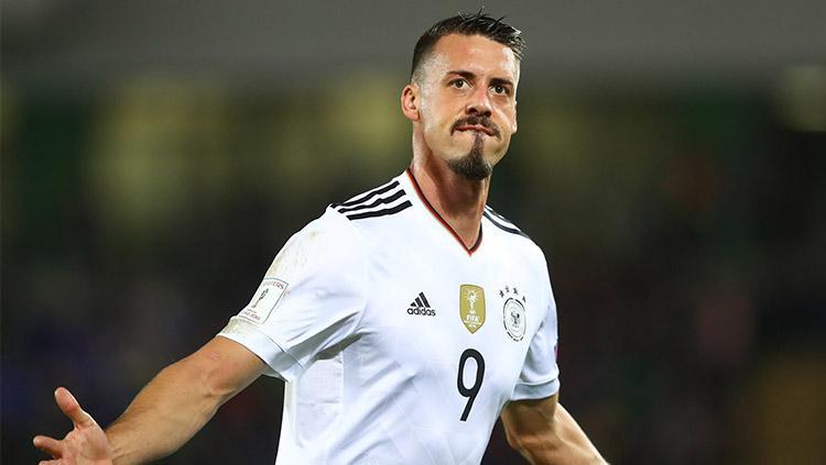 Sandro Wagner sukses mencetak gol kedua bagi Jerman ke gawang Irlandia Utara. Copyright: DFB