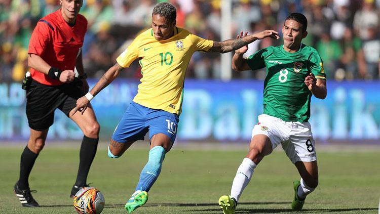 Neymar saat memperkaut Brasil melawan Bolivia. Copyright: Twittr/@CBF_Futebol