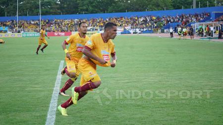 Sriwijaya FC berhasil menekuk Persija Jakarta 1-0 di Stadion Bumi Sriwijaya, Sabtu (7/10/2017). - INDOSPORT