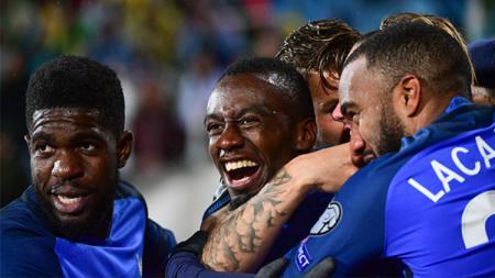 Selebrasi pemain Timnas Prancis usai Blaise Matuidi mencetak gol. - INDOSPORT