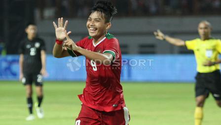 Witan Sulaiman selebrasi pasca mencetak gol.