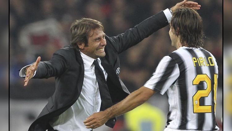 Antonio Conte (kiri) dan Andrea Pirlo saat masih bekerja sama di Juventus. Copyright: INDOSPORT