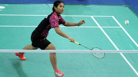Gregoria Mariska Tunjung menang telak 21-9 dan 21-12 atas Juliana Viana.