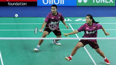 Rehan Naufal Kusharjanto/Siti Fadia Silva Ramadhanti hanya butuh dua set untuk menaklukkan Fabricio Farias/Jaqueline Lima.