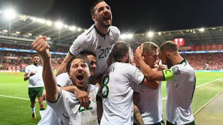 Irlandia merayakan kemenangan atas Wales. - INDOSPORT