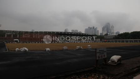 Trek stadion Madya menjadi salah satu prioritas bagian yang direnovasi hingga sesuai sertifikat Kelas 1 IAAF (Federasi Atletik Dunia).