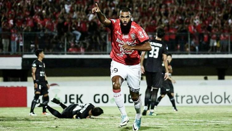 Marquee Player Bali United, Sylvano Comvalius. Copyright: Instagram@SylvanoComvalius