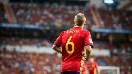Andres Iniesta, playmaker sekaligus kapten Timnas Spanyol. - INDOSPORT