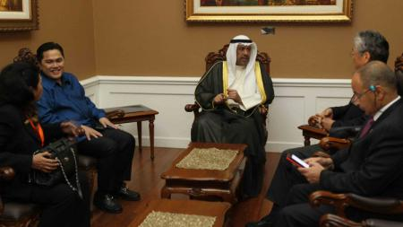 Kunjungan kehormatan Presiden OCA (Dewan Olimpiade Asia), Sheikh Ahmad Al Fahad Al Sabah ke Jakarta dan bertemu dengan Presiden RI, Joko Widodo serta Wapres, Jusuf Kalla. - INDOSPORT