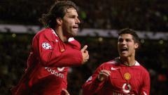 Indosport - Van Nistelrooy, Legenda Manchester United yang Terbuang Karena Ronaldo