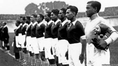 Pemain Hindia Belanda saat Piala Dunia 1938. - INDOSPORT