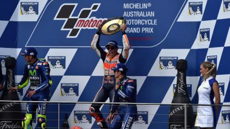 Marc Marquez di podium MotoGP Australia 2017. - INDOSPORT