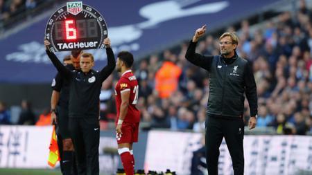 Liverpool bisa mencari dana segar di bursa transfer musim dingin dengan menjual 4 bintangnya, yang tentunya juga akan berpengaruh untuk perjalanan mereka jadi juara Liga Inggris. - INDOSPORT