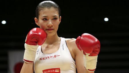 Petinju Jepang Cantik dan Seksi Tomomi Takano - INDOSPORT