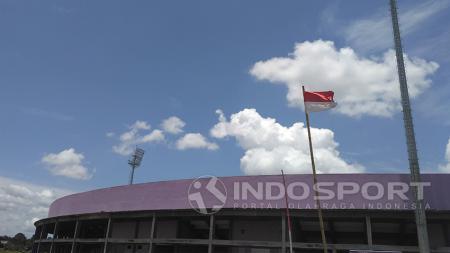 Stadion Benteng Taruna milik Persita Tangerang sudah memasuki tahap akhir pembangunan. - INDOSPORT