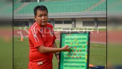Indosport - Syafrianto Rusli, pelatih Semen Padang.