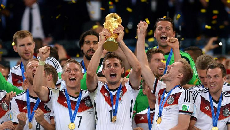 Timnas Jerman megantongi 476 miliar rupiah saat menjadi juara Piala Dunia 2014. Copyright: FIFA