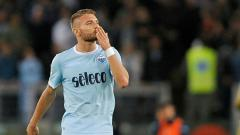 Indosport - Klub sepak bola Serie A Liga Italia, Lazio, dikabarkan mengiming-imingi striker andalan mereka, Ciro Immobile, menggunakan cara unik, yaitu bonus upah per gol.