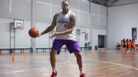 Pemain asing CLS Knights, Brian Williams. - INDOSPORT