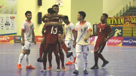 Timnas Futsal Indonesia saat bertemu Vietnam. - INDOSPORT