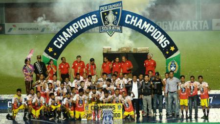 Podium juara Piala Soeratin 2017. - INDOSPORT