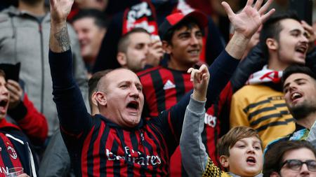 Klub sepak bola Serie A Liga Italia, AC Milan, akan menghadapi Sassuolo pada hari Minggu (15/12/19). - INDOSPORT