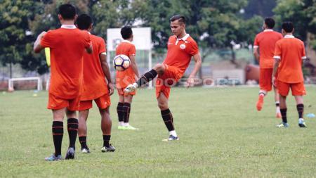 Latihan Persija Jakarta. - INDOSPORT