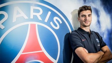 Bintang Paris Saint-Germain, Thomas Meunier, membuka peluang bergabung Borussia Dortmund secara cuma-cuma setelah kontraknya berakhir - INDOSPORT