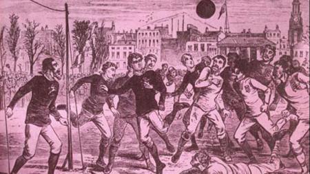 Sepak bola pernah menghentikan pertempuran sekelas Perang Dunia I pada Natal 1914 silam. - INDOSPORT
