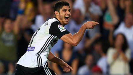 Goncalo Guedes, gelandang serang Valencia pinjaman dari PSG. - INDOSPORT
