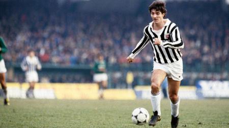 Eks striker Juventus, Paolo Rossi yang sempat tersandung masalah skandal suap. - INDOSPORT