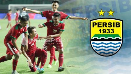 Pemain Timnas U-19 dan logo Persib Bandung. - INDOSPORT