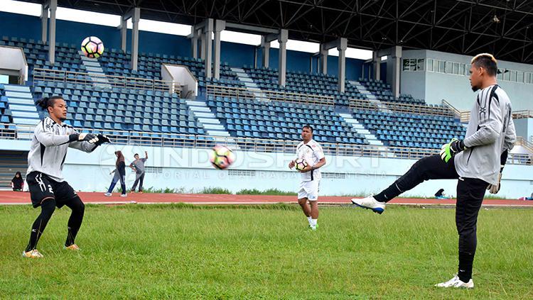 Jandi Eka Putra dan M Ridwan saat jalani latihan. Copyright: Taufik Hidayat/INDOSPORT