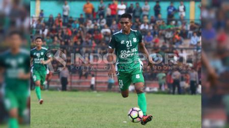 Frets Butuan, salah satu pemain PSMS Medan. - INDOSPORT