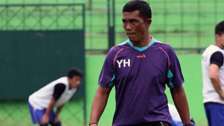 Pelatih kiper Arema FC, Yanuar Hermansyah. - INDOSPORT