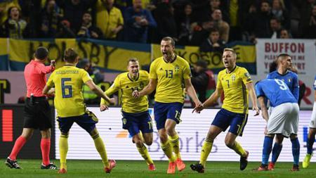 Selebrasi pemain Swedia. - INDOSPORT