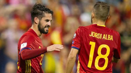 Jordi Alba dan Isco - INDOSPORT