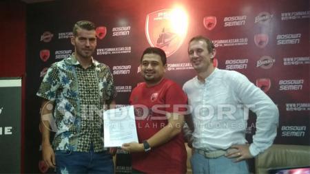 Wiljan Pluim resmi perpanjang kontrak di PSM Makassar. - INDOSPORT