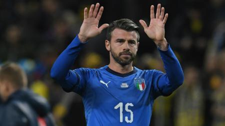Barzagli saat membela Italia saat menghadapi Swedia - INDOSPORT