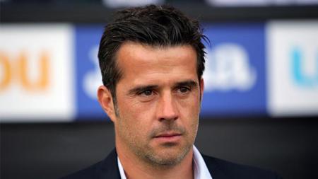 Marco Silva yang awalnya diharapkan membawa Everton terbang tinggi, malah membuat klub Liga Inggris tersebut terpuruk. - INDOSPORT