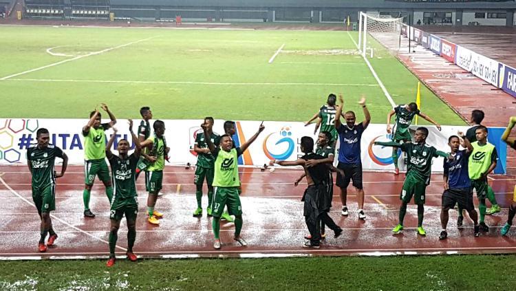 PSMS Medan rayakan kemenangan kontra Martapura FC Copyright: INDOSPORT