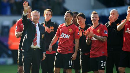 Sir Alex Ferguson bersama Manchester United ternyata tak ada apa-apanya ketika Pep Guardiola kala tukangi rival Liga Inggris, Manchester City jadi pelatih terbaik saat ini. - INDOSPORT