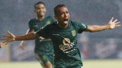 Indosport - Irfan Jaya (Persebaya Surabaya).