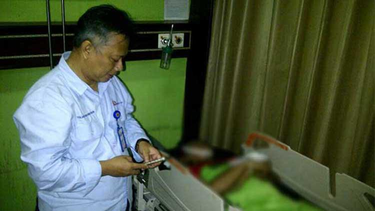 Jenazah Monang Sianturi terbujur di RSUD HM Rabain. Copyright: Palugada News